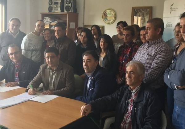 Diputación y asociación de pistacheros unen fuerzas para favorecer la implantación de este cultivo