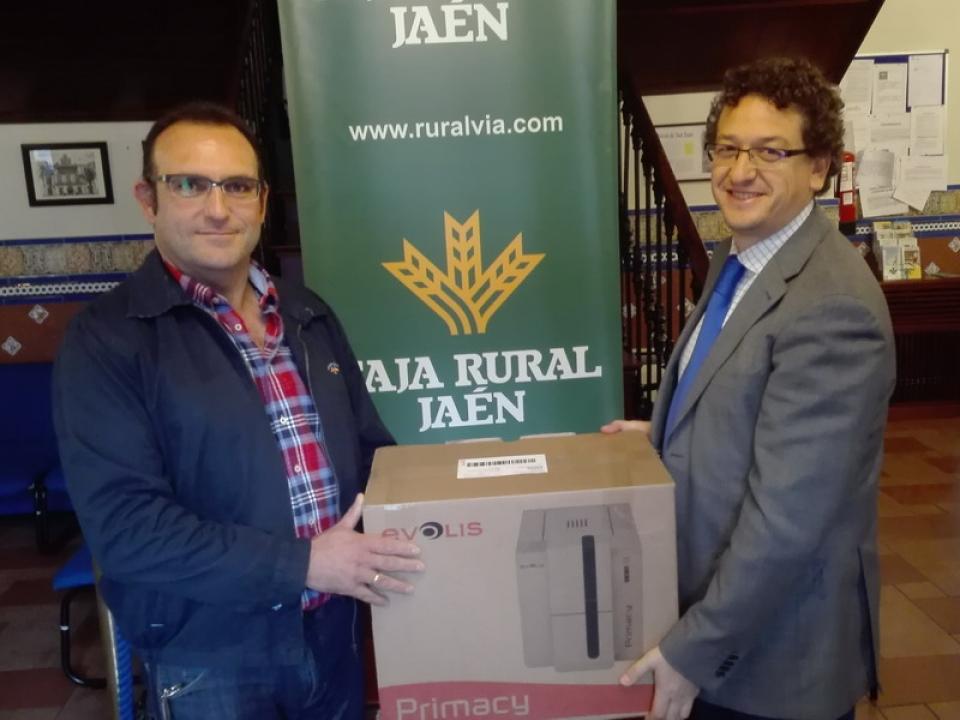 Entrega de impresora a APPISTACO por Caja Rural de Jaén